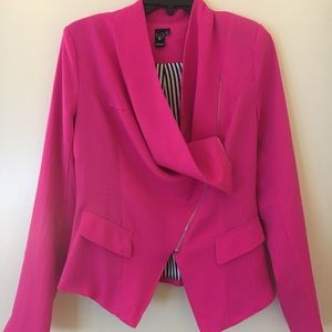 A blazer from Windsor